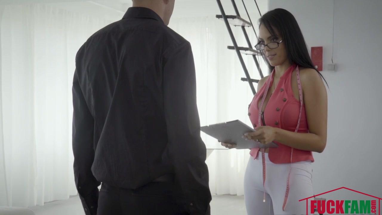 Katrina Moreno In Midame L. A. Pinga
