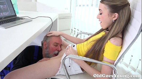 Elderly Heads Youthful – Uber-cute Vlada Splits Open Her L…