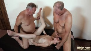 Xxx Elderly And Youthful Drill For Teenage Getting Dual Invasion Fuck-fest